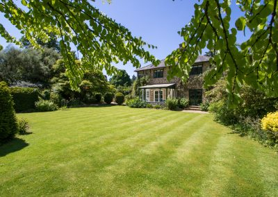 Dairy_House_garden_westcountry_lawn