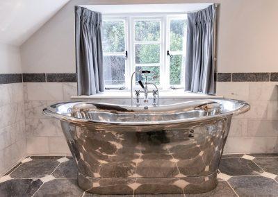 Orchard_Cottage_10_master_room_bathrom_nickel_bath_luxury
