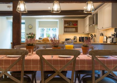 Orchard_Cottage_32_kitchen_table_view