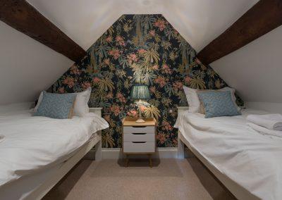 Orchard_Cottage_37_loft_bedroom