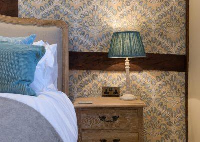 Orchard_Cottage_7_master_bedside