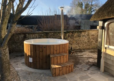 wooden_hottub